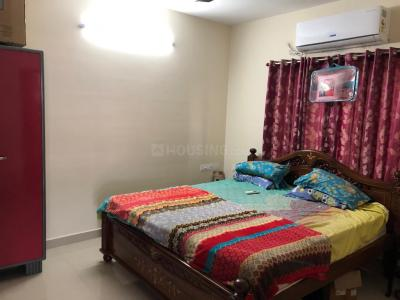 Gallery Cover Image of 1200 Sq.ft 2 BHK Apartment for buy in Sholinganallur for 8500000
