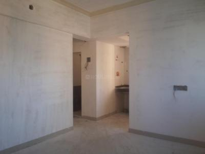 Gallery Cover Image of 535 Sq.ft 1 BHK Apartment for buy in Prabhadevi for 15300000