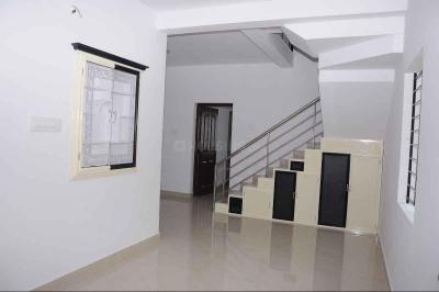 Gallery Cover Image of 1050 Sq.ft 2 BHK Independent House for buy in Kalpathy for 2500000