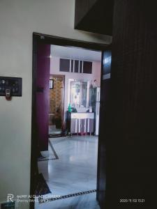 Gallery Cover Image of 1300 Sq.ft 2 BHK Apartment for rent in Haltu for 25000