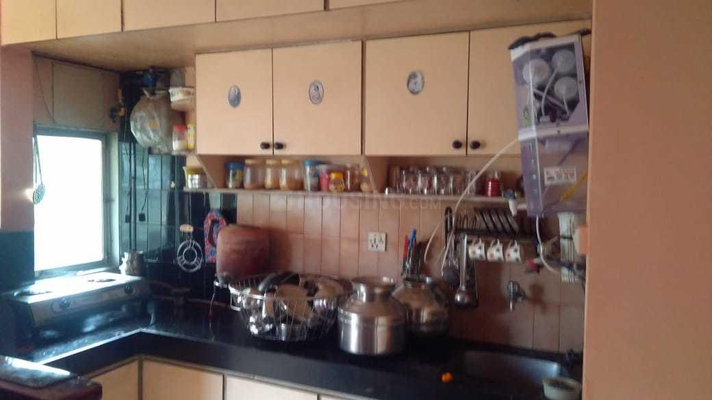Kitchen Image of 600 Sq.ft 1 BHK Apartment for rent in Mira Road East for 13000