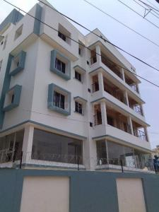 Gallery Cover Image of 1100 Sq.ft 2 BHK Apartment for buy in Tollygunge for 2500000