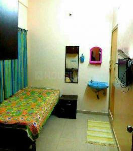 Bedroom Image of Evergreen PG For Girls in Adugodi