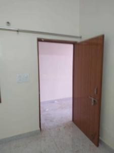 Gallery Cover Image of 1500 Sq.ft 2 BHK Independent Floor for rent in Sector 122 for 15000