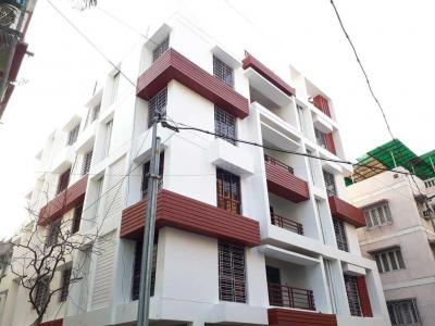 Gallery Cover Image of 1535 Sq.ft 3 BHK Independent Floor for buy in Lake Gardens for 11500000