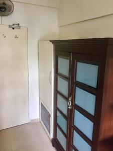 Gallery Cover Image of 452 Sq.ft 1 RK Apartment for rent in Malabar Hill for 50000