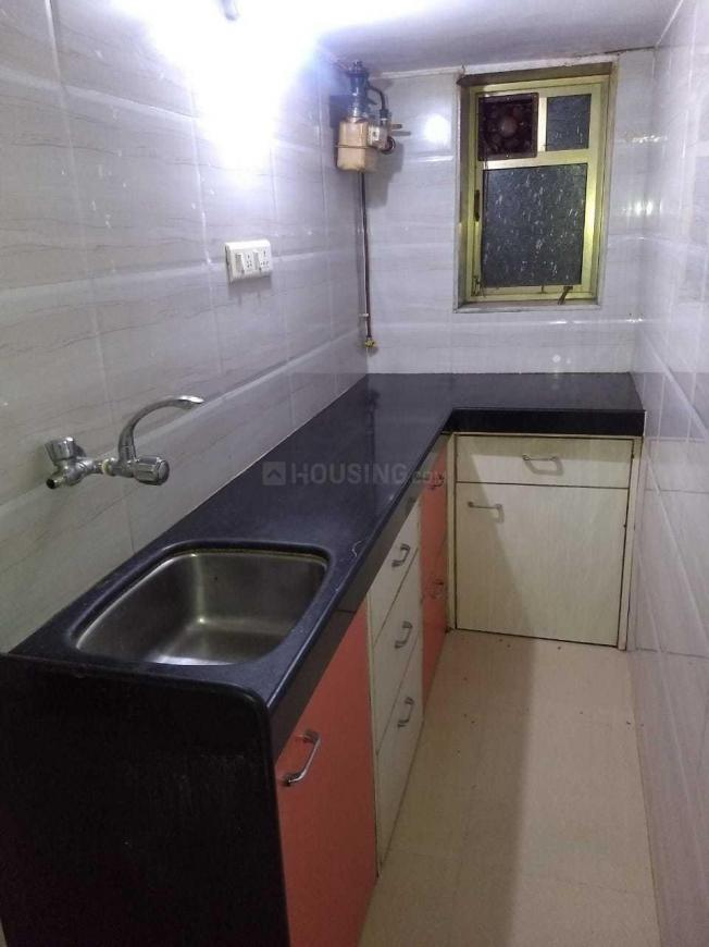 Kitchen Image of 450 Sq.ft 1 BHK Apartment for rent in Santacruz East for 30000