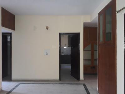 Gallery Cover Image of 1300 Sq.ft 3 BHK Apartment for rent in Sector 62 for 21000