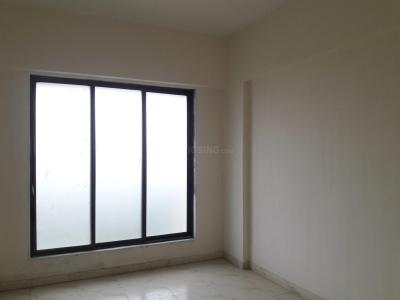 Gallery Cover Image of 500 Sq.ft 1 BHK Apartment for rent in Dahisar East for 15000