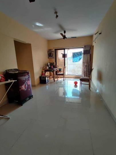 Living Room Image of 650 Sq.ft 1 BHK Apartment for rent in Sion for 33000