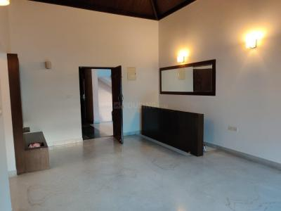 Gallery Cover Image of 1300 Sq.ft 2 BHK Apartment for rent in Defence Colony Residents Association, Indira Nagar for 51000