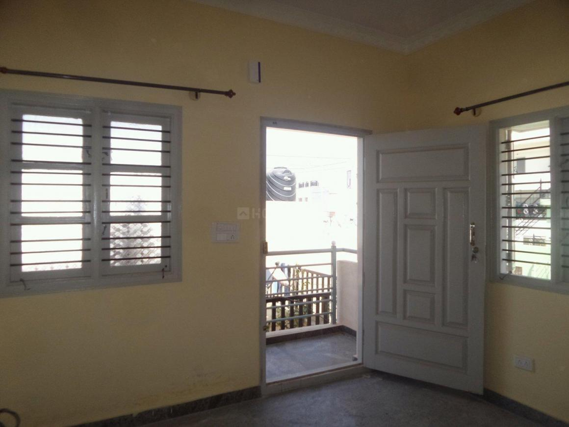 Living Room Image of 600 Sq.ft 1 BHK Apartment for rent in Kalena Agrahara for 8000