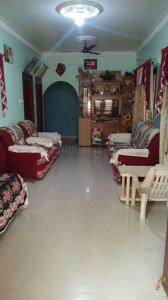 Gallery Cover Image of 1000 Sq.ft 2 BHK Independent Floor for rent in Azad Nagar for 14000