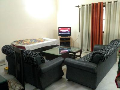 Gallery Cover Image of 1000 Sq.ft 2 BHK Apartment for rent in Sector 93 for 19000
