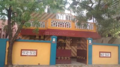 Gallery Cover Image of 1000 Sq.ft 2 BHK Independent House for rent in Palavakkam for 19000