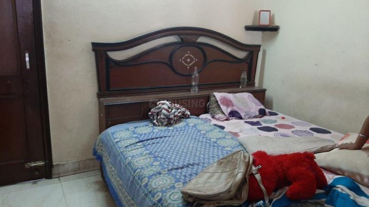 राजौरी गार्डन में अवनीत पीजी के बेडरूम की तस्वीर