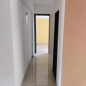 Gallery Cover Image of 412 Sq.ft 1 BHK Apartment for buy in Funsign Saylee Enclave, Malad West for 8000000