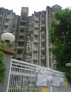 Gallery Cover Image of 2100 Sq.ft 3 BHK Apartment for rent in CGHS Karam Hi Dharam Apartment, Sector 55 for 50000
