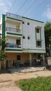 Gallery Cover Image of 745 Sq.ft 2 BHK Apartment for buy in Guduvancheri for 1860000