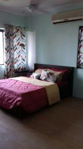 Gallery Cover Image of 1000 Sq.ft 2 BHK Apartment for rent in Bandra West for 100000