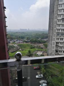 Gallery Cover Image of 400 Sq.ft 1 BHK Apartment for rent in Royal Palms Piccadilly 3, Goregaon East for 18000