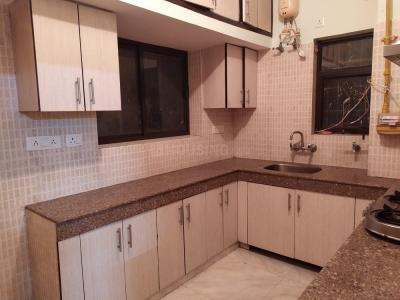 Gallery Cover Image of 1200 Sq.ft 3 BHK Apartment for buy in Vasant Kunj for 20500000