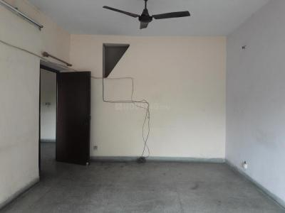 Gallery Cover Image of 1650 Sq.ft 3 BHK Independent Floor for rent in Sarita Vihar for 28000