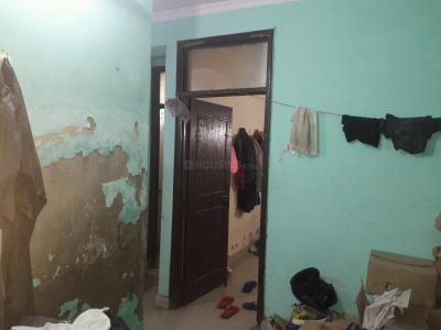 Gallery Cover Image of 450 Sq.ft 1 BHK Apartment for rent in Razapur Khurd for 5000