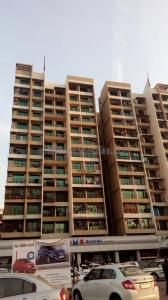 Gallery Cover Image of 1500 Sq.ft 3 BHK Apartment for rent in Kharghar for 35000