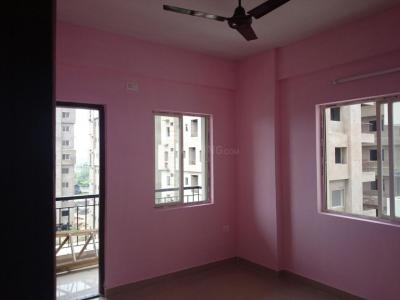 Gallery Cover Image of 1065 Sq.ft 3 BHK Apartment for rent in Greenfield City, Maheshtala for 12000