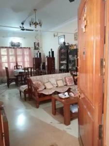 Gallery Cover Image of 1350 Sq.ft 3 BHK Independent House for buy in Banaswadi for 11000000