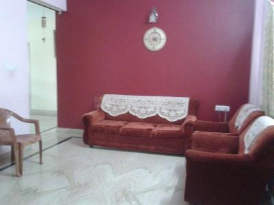 Gallery Cover Image of 1570 Sq.ft 3 BHK Apartment for rent in MC Jyothi Clique, C V Raman Nagar for 28000