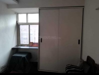 Gallery Cover Image of 980 Sq.ft 2 BHK Apartment for rent in Brothers Apartment, Patparganj for 26000