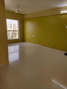 Gallery Cover Image of 750 Sq.ft 2 BHK Apartment for buy in Romell Empress C Wing, Borivali West for 17500000