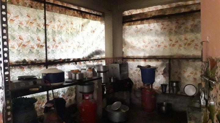 एचएसआर लेआउट में साई पवन पीजी में किचन की तस्वीर