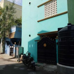 Gallery Cover Image of 1600 Sq.ft 4 BHK Independent House for buy in Kolathur for 8800000