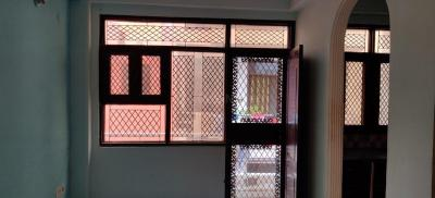 Gallery Cover Image of 600 Sq.ft 1 BHK Apartment for rent in Sector 8 Dwarka for 8000
