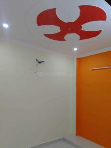 Gallery Cover Image of 630 Sq.ft 2 BHK Independent Floor for rent in Dwarka Mor for 10000