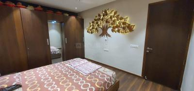 Gallery Cover Image of 1500 Sq.ft 2 BHK Apartment for rent in Savvy Strata, Sarkhej- Okaf for 18000