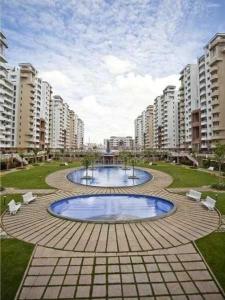 Gallery Cover Image of 1600 Sq.ft 3 BHK Apartment for rent in Puravankara Purva Riviera, Marathahalli for 33000