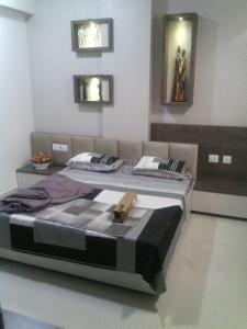 Gallery Cover Image of 1696 Sq.ft 3 BHK Apartment for buy in Kotecha Royal Avenue, Dholai for 5257600