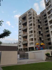 Gallery Cover Image of 960 Sq.ft 2 BHK Apartment for buy in Dhanori for 4850000