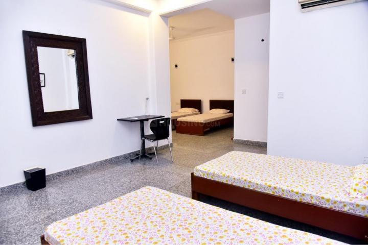 Bedroom Image of Nirvana Rooms PG in Sushant Lok I