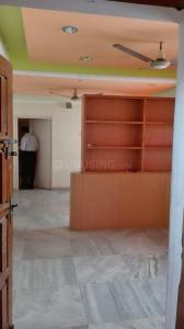 Gallery Cover Image of 1100 Sq.ft 2 BHK Apartment for rent in T Nagar for 25000