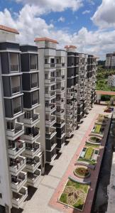 Gallery Cover Image of 1419 Sq.ft 2 BHK Apartment for buy in Talaghattapura for 6430000