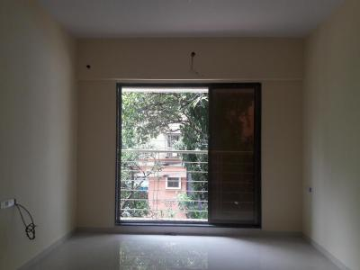 Gallery Cover Image of 650 Sq.ft 1 BHK Apartment for rent in Dahisar West for 18000