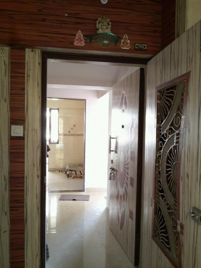 Main Entrance Image of 1600 Sq.ft 3 BHK Apartment for rent in Malad East for 45000