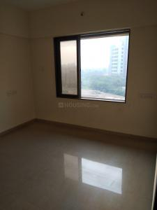 Gallery Cover Image of 650 Sq.ft 1 BHK Apartment for buy in Malad West for 7600000