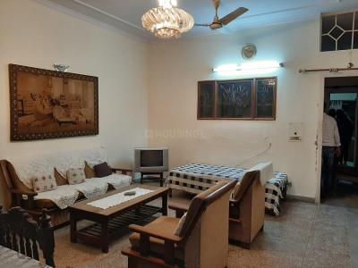 Gallery Cover Image of 1000 Sq.ft 2 BHK Independent Floor for rent in Lajpat Nagar for 29000