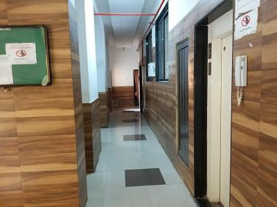 Gallery Cover Image of 550 Sq.ft 1 BHK Apartment for buy in Crystal Plaza, Nalasopara West for 2000000